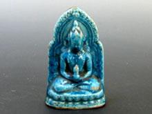陶磁器製仏座像