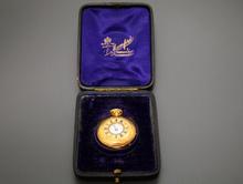 スイス製 懐中時計