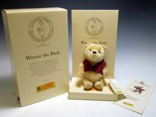 Winnie the Poohプーさん 75周年 2001