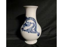 中国青花花瓶