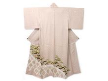 蛇籠に松絵図色留袖